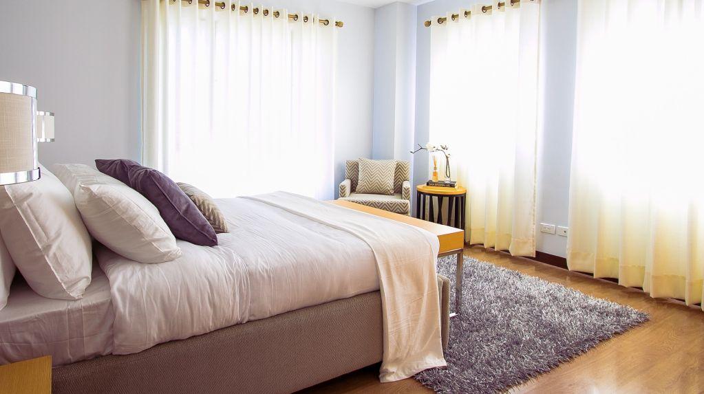שטיחים בחדר השינה